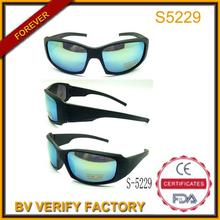 Uv400 logotipo personalizado gafas de sol deportivas con hielo azul revo y templo de ancho, s5229