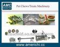 Máquina para fabricar alimentos masticables para perros