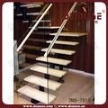 de madera de interior escalera de cristal