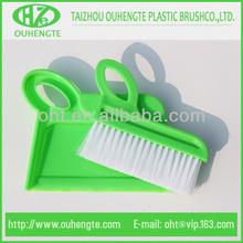 recogedor de plástico y juegos de cepillo para la limpieza de mesa 501g