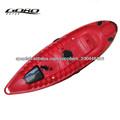 persona sola canoa kayak de pesca