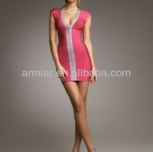 vestido del vendaje barato v cuello de color rosa vestido de fiesta AM001