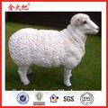 El último 2014 estatuilla de ovejas para la decoración del jardín& resina estatua de ovejas