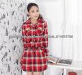 mujer's fácil verificación roja vestido de manga larga con dos bolsillos en el pecho y botón hasta 2013 moda estilo de camisa