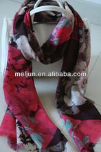 Fábrica ladies' nuevo diseño de la moda hecha a mano de lana chales paisley bufandas