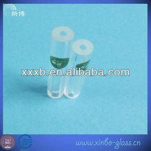 gruesa tubo de vidrio de pared con los extrem os abiertos