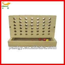 de madera 4 en una fila de bingo del juego de ajedrez