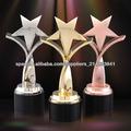 Trofeo de metal en forma de estrella