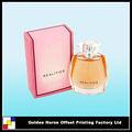 caja de papel del perfume