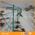 L'installation facile de fer barbelé clôture/prix rouleau de fil de fer barbelé clôture