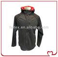 Hombres negro 100% transpirable poliéster softshell al aire libre chaqueta de paño grueso y suave( 20232r)