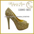 zapatos de las señoras del partido del alto talón