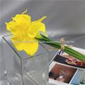 flor artificial para a decoração da parede