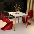 silla panton hecho de abs