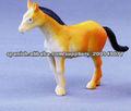 animales de juguete de plástico mecánicos