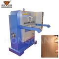 automatique hydraulique machine en relief en cuir tannerie industrielle