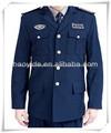 de color azul oscuro y abrigo pantalones guardia de seguridad uniforme de la acción