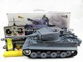 Juguete 1:16 Henglong 3818-1 German Tiger I tanque del rc con el humo y la función de sonido, disparando balas BB version