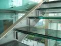 piso de vidrio laminado