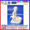 caliente venta nuevo estilo personalizado de resina lovely little boy figura