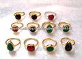 rubí, esmeralda, zafiro piedras preciosas muchos anillos de plata apilable