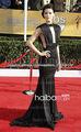 2013 Jaimie Alexander pescado negro Sexy caliente cola sin mangas volantes V cuello y espalda celebridad vestido vestido de noch