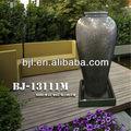 florero alto de interior característica del agua fuente