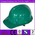 construção verde capacetes