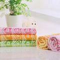 Jacquard corazón de luz de bambú de color mixto no- twist venta al por mayor toallas de playa