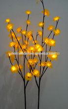narciso la luz hasta las flores artificiales