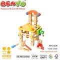 Los niños de juguete de madera Tuerca y Juego de herramientas
