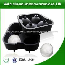 4 bola del partido barra casera bandeja de cubitos de hielo con forma de molde / bola de hielo