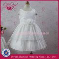 Flor caliente de la venta vestidos de niña de blanco real