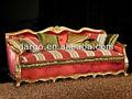 dorado y un sofá de madera mh124