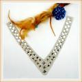 Nouveaux produits hotfix patchwork dessins pour cou avec de la colle transparente diamant pour la dame de décoration