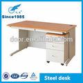 de metal de madera de uso de la oficina personal de mesa