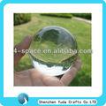 contacto con el balón que hace juegos malabares claro bola sólida de acrílico