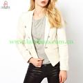 Diseño de la mujer de moda la ropa
