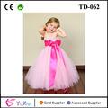 flores de color rosa girl tutu vestido con forro y personalizable color de rosa caliente de la hoja