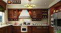Las ventas calientes 2013 Foshan clásico moderno diseño sólido gabinete de cocina insignia de encargo libre servicio rápido de m