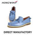 mano hacer nuevo estilo de calzado casual para hombres