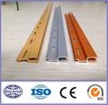 extrusión de perfiles de color aluminio para puertas y suelos