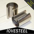 Un tuyau en acier inoxydable de 50 mm de diamètre