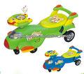 lindo avião de crianças carro do balanço