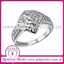 cuatrado anillo plata con circones