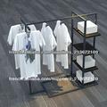 prix bas métal présentoir de vêtements AE-09