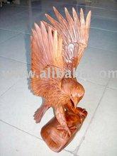 scultura in legno aquila