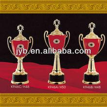plástico barato troféus para decoração k946