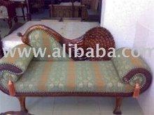 Sofá de madera