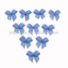 Gift packing ribbon bow